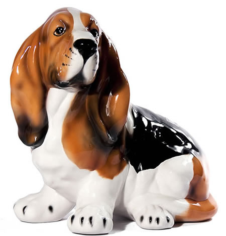 Bassett Hound Sculpture, Medium
