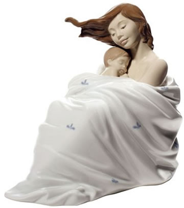 Cozy Slumber Motherhood Figurine
