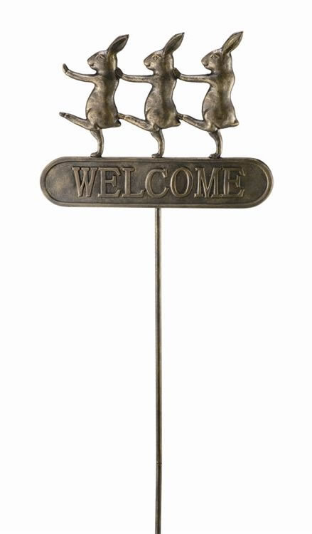 Parading Bunnies Welcome Sign On Stake Spi San Pacific