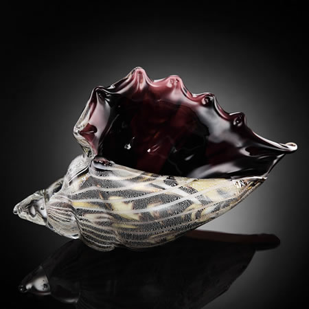 Black and Clear Glass Conch Shell Statue/Paperweight