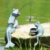 Fishing Frog Mama & Baby Garden Sculpture Set