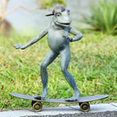 Radical Skateboarding Frog Garden Sculpture