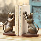 Inquisitive Cat Bookends