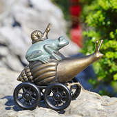 Pondside Coupe Garden Statue (frog and snails)