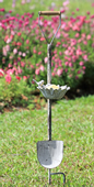 Bird and Flower Bloom Shovel Birdfeeder on Stake