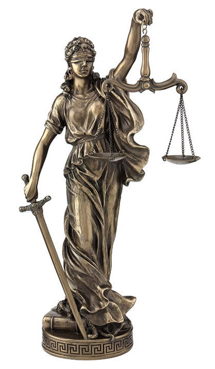 La Justicia Statue - Scale In Left Hand
