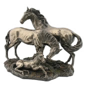 Horse Family Statue
