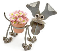 Happy Puppy Metal Flower Pot Holder